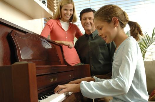 Best Digital Piano under 1000$