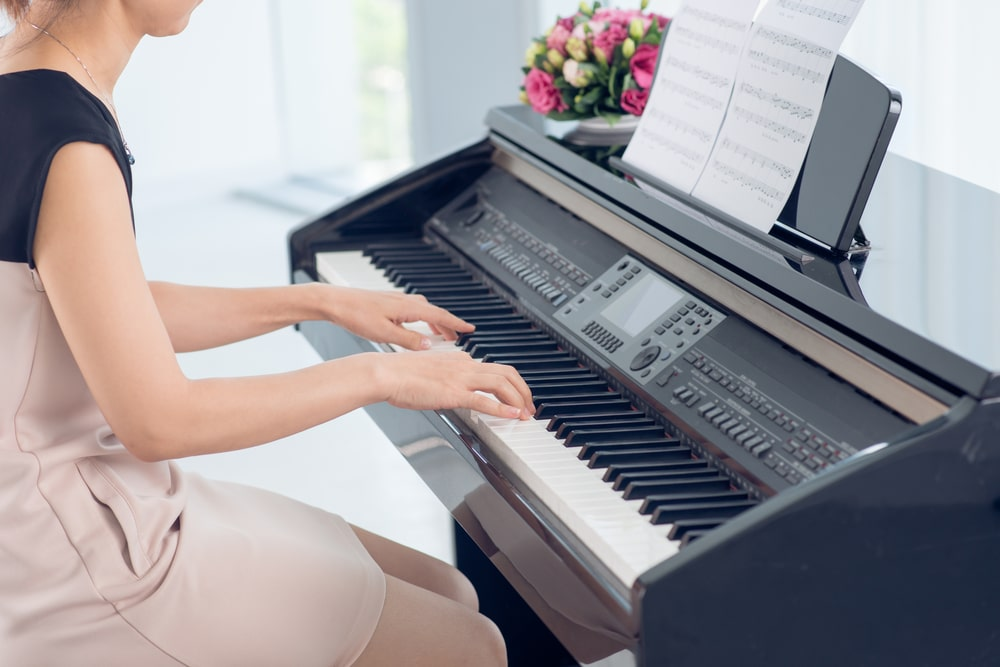 Best Digital Piano under $2000